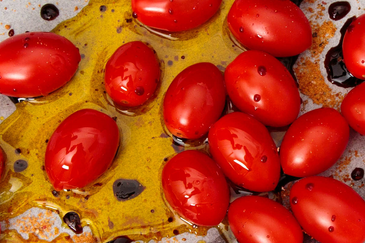 slow-roasted-tomatoes-oil